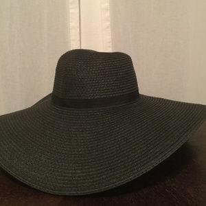 Super Wide Brim Straw Beach Hat
